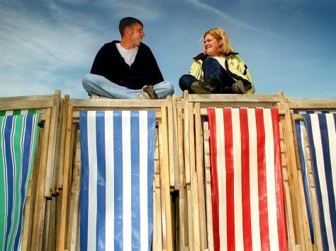 Deck chair attendants Daniel Edwards and Jenny Dalzel in 1998