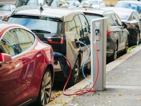 Calls have been made for more electric charging points in Blackpool
