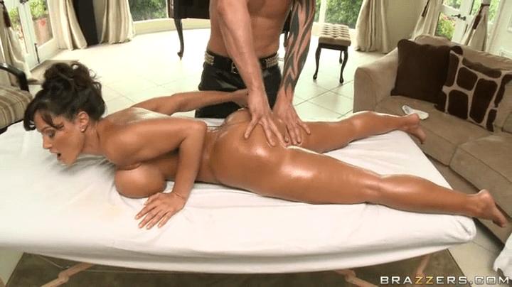 Porn Lisa Ann Massage