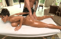 MASSAGE BECOME DEEP BUTT WITH LISA ANN