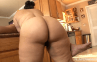 KARLA LANE KITCHEN BLOWJOB