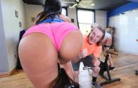 BANGBROS ASS PARADE – ROSE MONROE – ROSE'S SEXERCISE