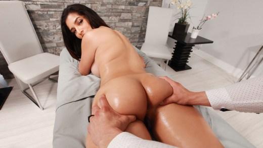 Dirty Masseur – Emergency Rubdown – Gabriela Lopez