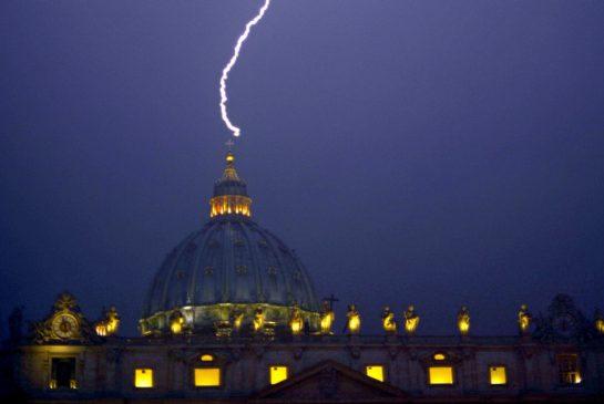 vatican_lightning_jpg_size_xxlarge_promo