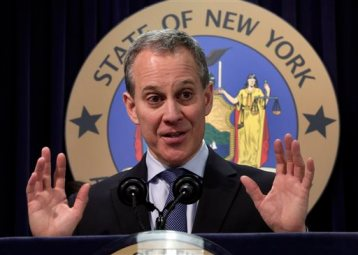 This Nov. 19, 2013 file photo shows New York State Attorney General Eric Schneiderman speaking at a news conference in New York. (AP Photo/Richard Drew, file)
