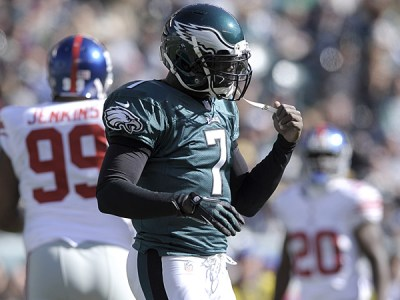 New York Jets quarterback Michael Vick last season while playing with the Philadelphia Eagles against the New York Giants. (Michael Perez/AP)