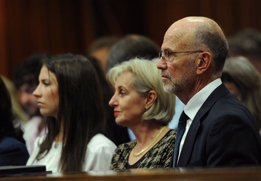 Aimee Pistorius, Lois Pistorius, Arnold Pistorius