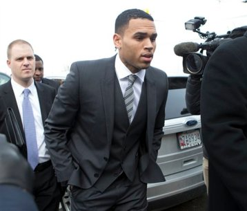 This Jan. 8, 2014 file photo shows singer Chris Brown arriving at the District of Columbia Superior Court in Washington. (AP Photo/Manuel Balce Ceneta, File)