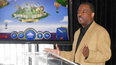 "This June 19, 2012 file photo shows LeVar Burton introducing the all new Reading Rainbow adventure app to the media, publishers and parents at the ""Reading Rainbow Relaunch"" event in New York. (AP Photo)"