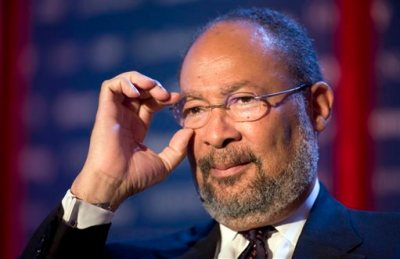 In this June 15, 2009, file photo, Richard Parsons, then Chairman of Citigroup, speaks at Time Warner's headquarters in New York. Parsons, the interim CEO of the Los Angeles Clippers, is is expected to be called as a witness Tuesday, July 22, 2014, to support Shelly Sterling's bid to sell the NBA basketball team for $2 billion to former Microsoft CEO Steve Ballmer. (AP Photo/Mark Lennihan, File)