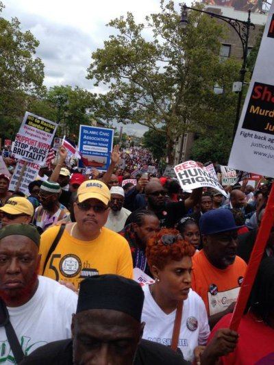 Thousands of marchers took to the streets of Staten Island on Saturday protesting against police shootings of unarmed Blacks. (Courtesy of Elinor Tatum)