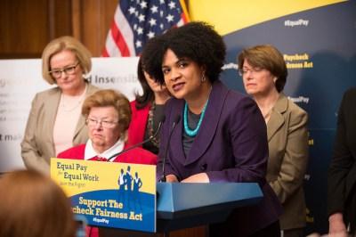Fatima Goss Graves speaks at an April 1 Senate hearing on the Paycheck Fairness Act. (Senate Democrats/Flick/CC license)