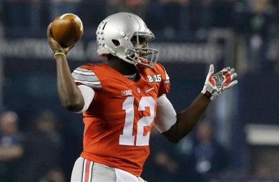 Ohio State quarterback Cardale Jones drops back during the first half of the NCAA college football playoff championship game against Oregon Monday, Jan. 12, 2015, in Arlington, Texas. (AP Photo/LM Otero)