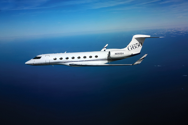 Creflo Dollar is fundraising to purchase a Gulfstream G650 private jet for his ministry. (Charly W. Karl/Flickr/CC BY-ND 2.0)