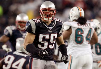 In this Dec. 23, 2007, file photo, New England Patriots linebacker Junior Seau (55) reacts after a defensive play during an NFL football game against the Miami Dolphins in Foxborough, Mass. A federal judge has approved Wednesday, April 22, 2015, a plan to resolve thousands of NFL concussion lawsuits that could cost the league $1 billion over 65 years. Critics contend the NFL is getting off lightly given annual revenues of about $10 billion About 200 NFL retirees or their families, including Seau's, have rejected the settlement and plan to sue the league individually. (AP Photo/Elise Amendola, File)
