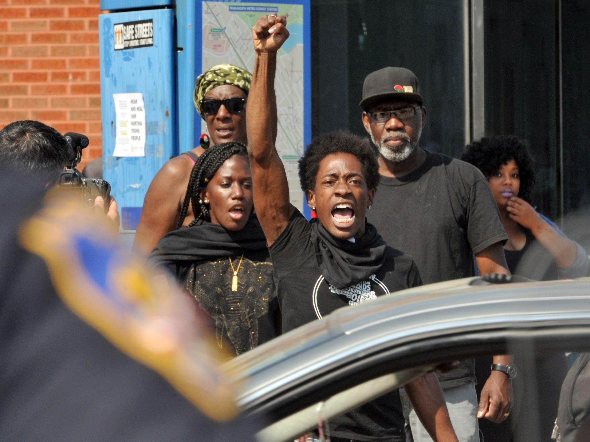 635663714537769892-AP-Baltimore-Police-Death-Arrest