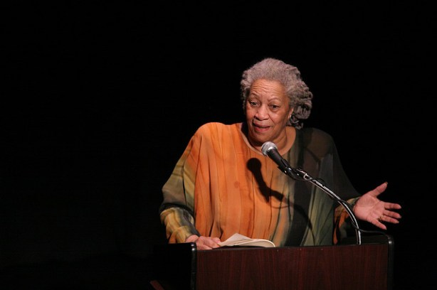 """Toni Morrison speaks at """"A Tribute to Chinua Achebe - 50 Years Anniversary of Things Fall Apart,"""" February 26th 2008. (Angela Radulescu/Flickr/CC BY-SA 2.0)"""