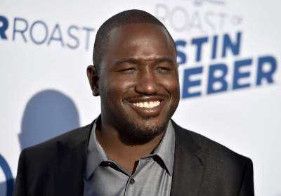 Hannibal Buress arrives at the Comedy Central Roast of Justin Bieber at Sony Pictures Studios on Saturday, March 14, 2015, in Culver City, Calif. (Photo by Jordan Strauss/Invision/AP)