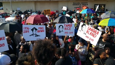 Demonstrators participate in a rally outside the Waller County Jail. (Photo by Jesse Muhammad)