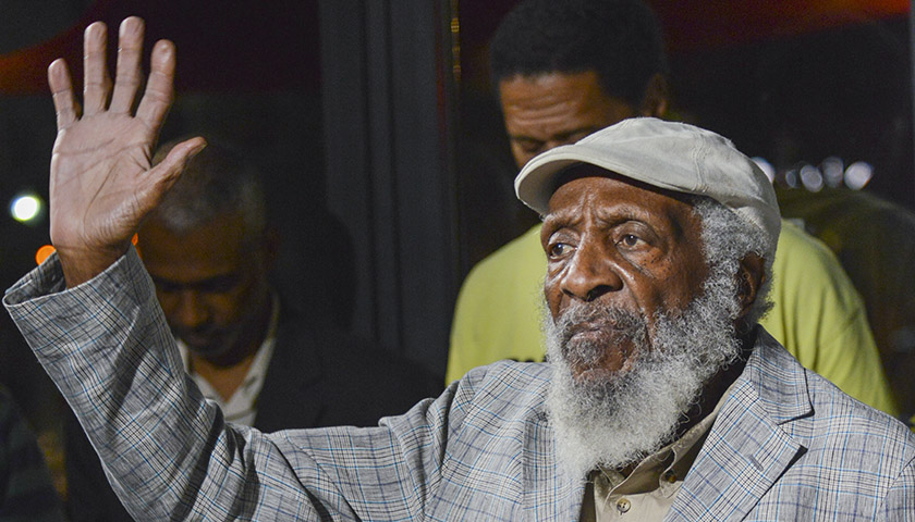dickgregory_0572_fallen_web120