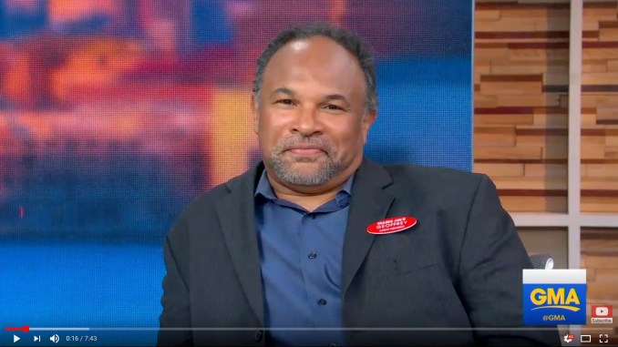 "Geoffrey Owens speaks on ""GMA"" about the swell of support he's received with the hashtag #ActorsWithDayJobs after he was photographed working at Trader Joe's. (Video: Good Morning America)"