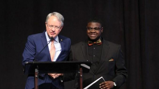 ity of Charleston Mayor and Ke'Von Singleton (Photo by: charlestonchronicle.net)