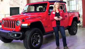 2020 Jeep Gladiator Media Drive Mopar Accessories Blackpressusa