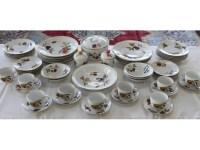 Royal Worcester Evesham Porcelain Dinnerware | Black Rock ...