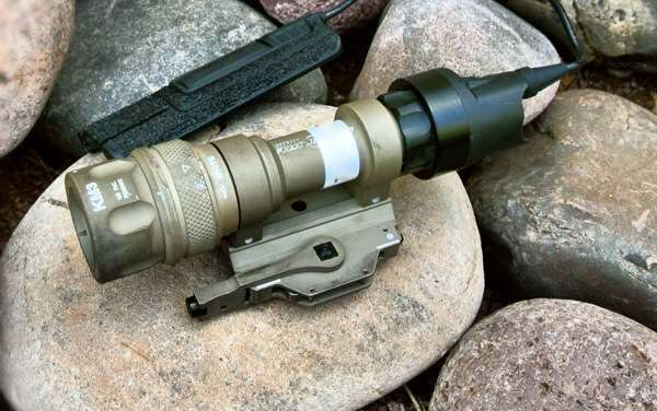 SUREFIRE M952V Millennium Universal Weapon Light Review