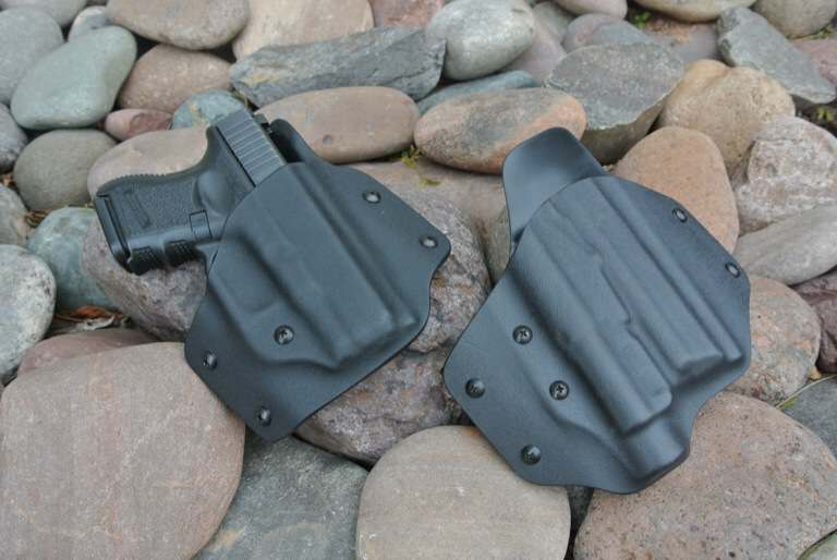 Side by side view of both K ROUNDS holsters. Photo Credit: Blacksheepwarrior.com