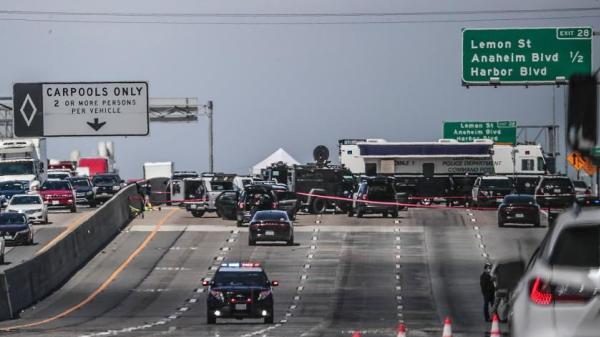 Gunman in deadly L.A. shooting rampage had an arsenal of weapons at home, sources say
