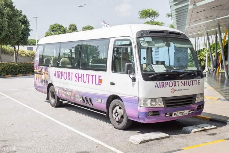 changi airport shuttle, singapura