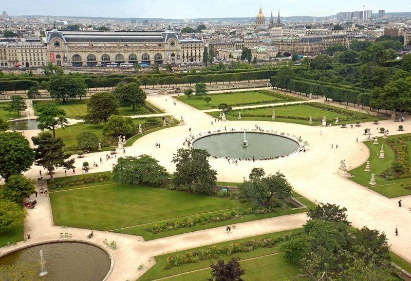 pemandangan tuileries garden dari ketinggian paris, perancis