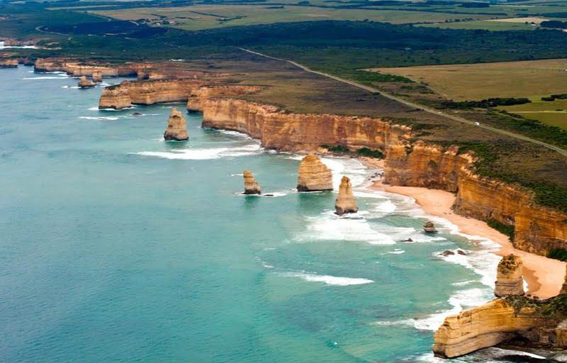 pemandangan pantai di great ocean road, australia