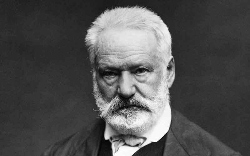 Foto hitam putih Victor Hugo