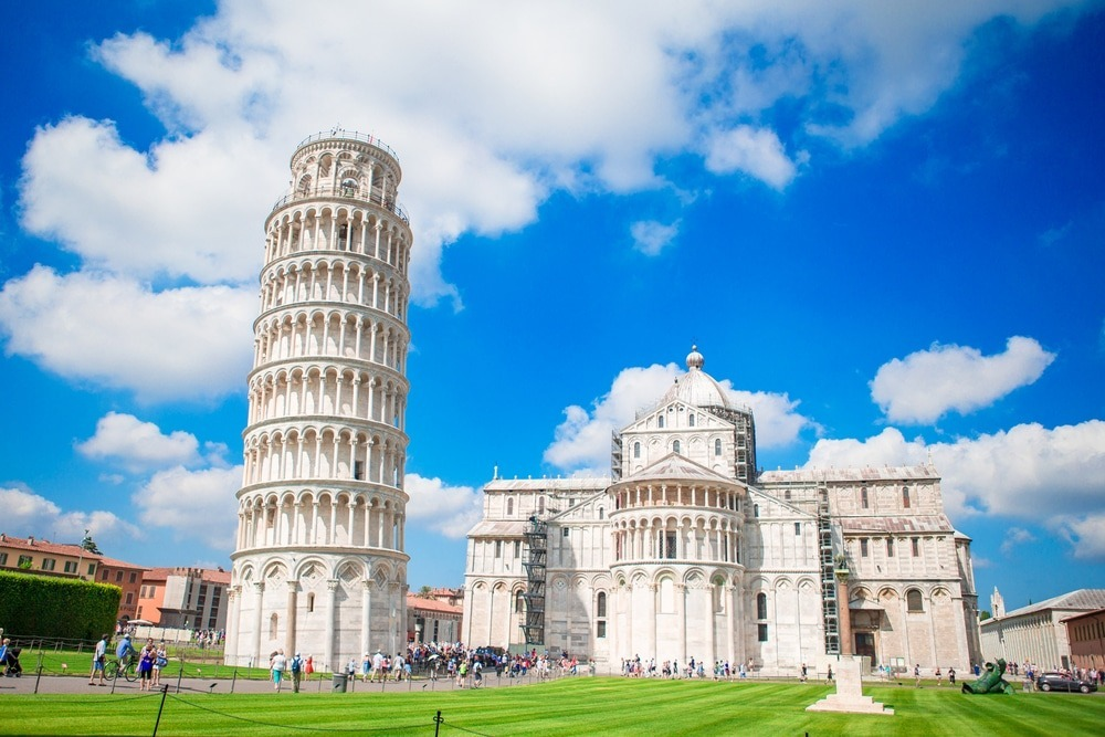 menara miring di pisa, italia