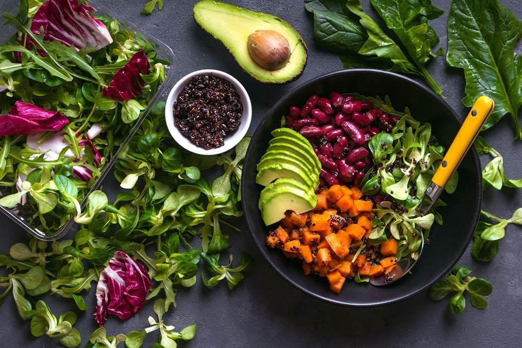 makanan berbasis tumbuhan untuk vegan dan vegetarian