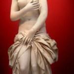 Patung Marmer Aphrodite (Abad ke-2 M)