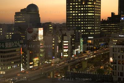 Drawing Tokyo 9 (www.blairthomson.com)