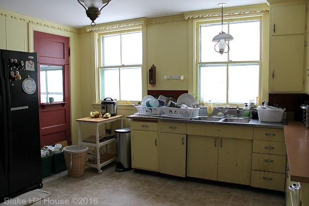 kitchenbefore3