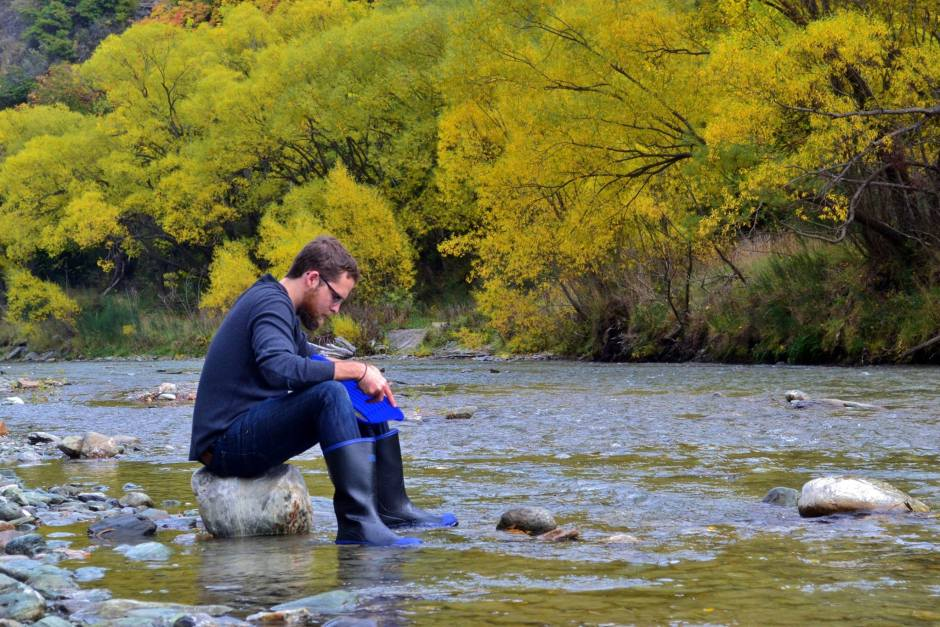 Arrowtown New Zealand gold panning fossicking blake porter