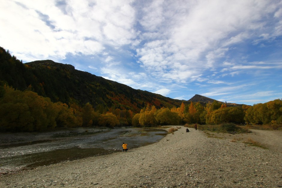 Arrowtown River New Zealand gold panning fossicking