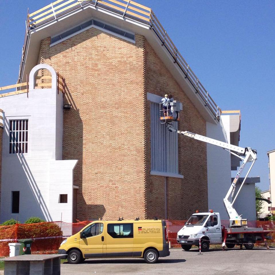 impresa pitture edili esterno edificio