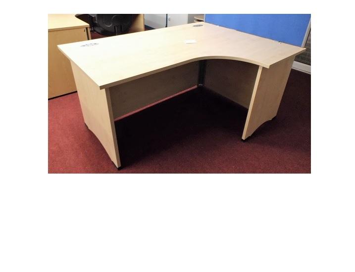 MAPLE RH CORN DESK Blandford Office Furniture