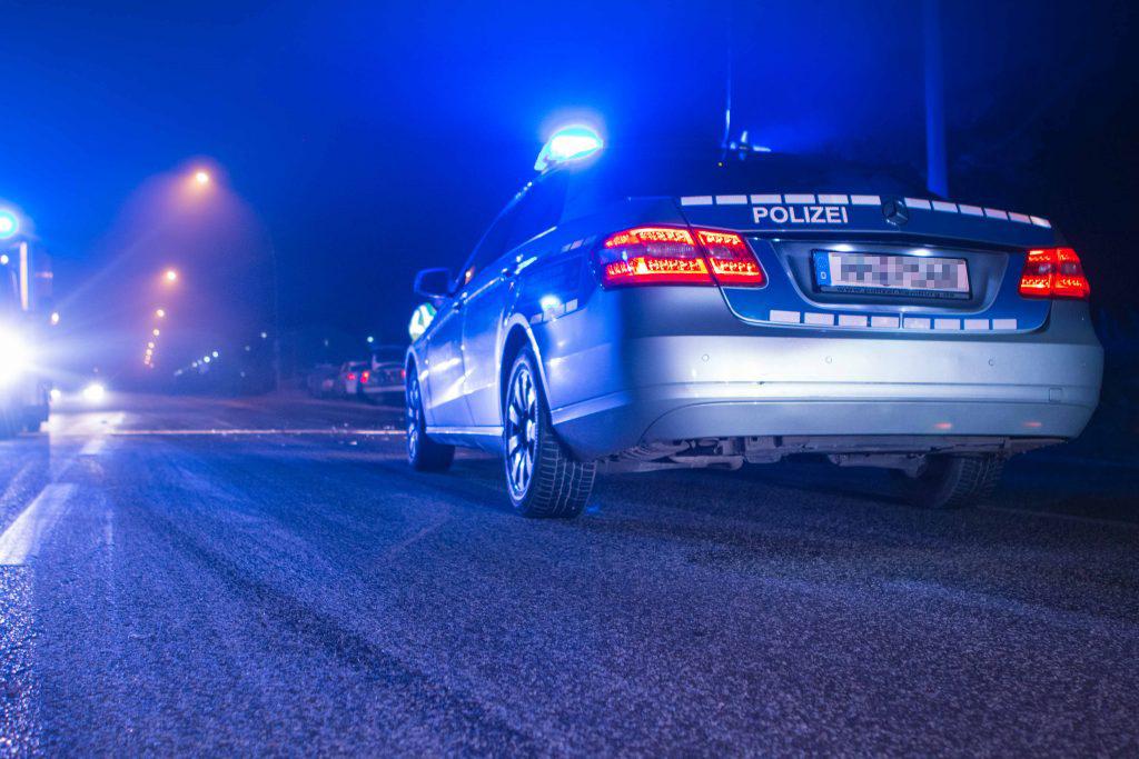 Beschlagnahme von Führerschein und Pkw nach verbotenem Kraftfahrzeugrennen in Hamburg-Altstadt