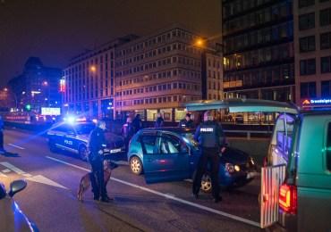 Raubüberfall auf einem Backshop im Hamburger Hauptbahnhof - 3 verdächtige nach Fahndung festgenomm