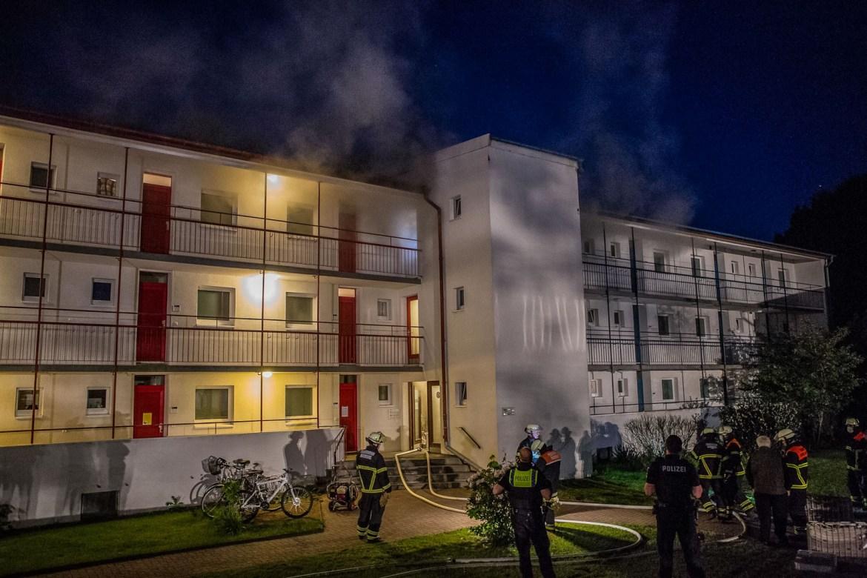 Kellerbrand in Folgewohnunterkunft für Geflüchtete – Großeinsatz für die Feuerwehr