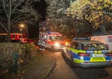 Zwei Personen nach Auseinandersetzung in einer Wohnung schwer verletzt