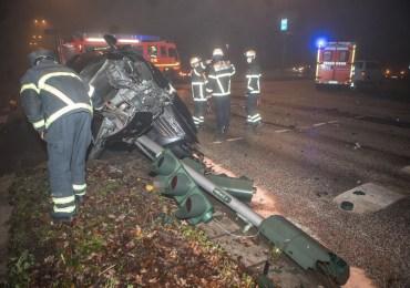 Ampel ausgefallen - schwerer Verkehrsunfall mit 3 verletzten Personen