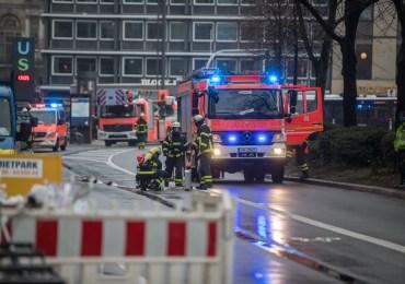 Gasleitung in der Hamburger Innenstadt bei Bauarbeiten beschädigt